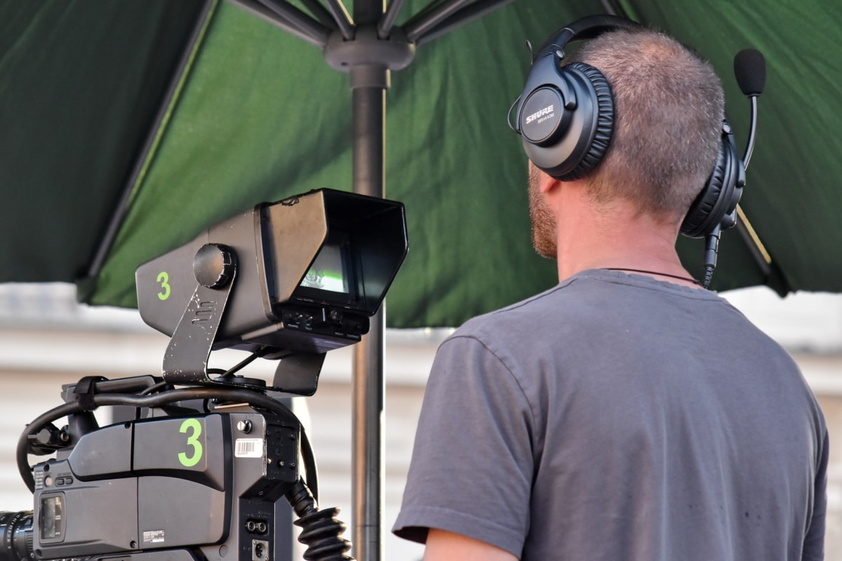 A Suggestion For Utilizing A Video Production Company To Help You Start Working With Social Networking Sites